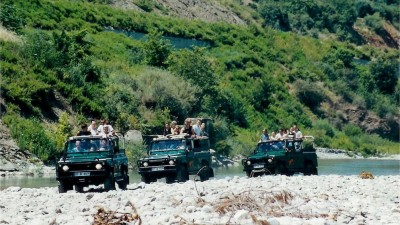 Jeep safari and rafting