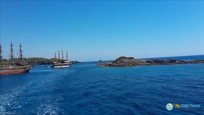 Dolphin Island boat